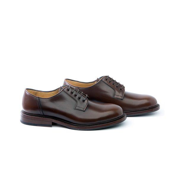 zapato piel color marrón