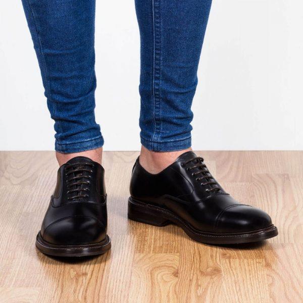zapato piel cordones negro