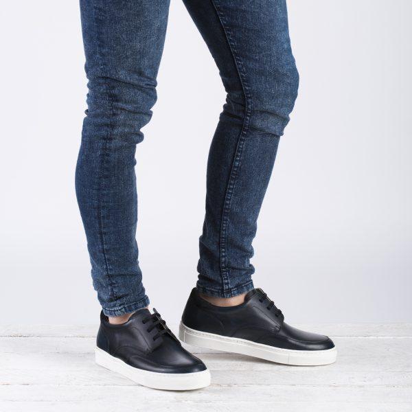 zapato deportivo cordones marino