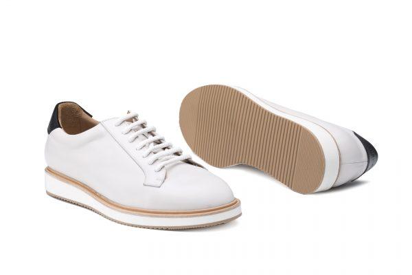 zapato deportivo piel blanco